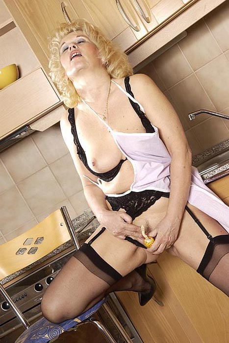 Free x movies - Extraits videos Mature, page 2